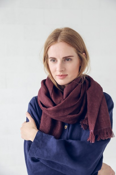 Wool Linen Scarf in Sustainable Gift Box